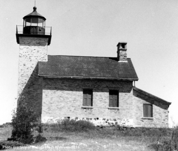 Lighthouse built in the schoolhouse style