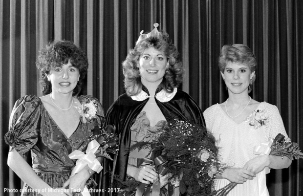 The 1984 queen and runners up.